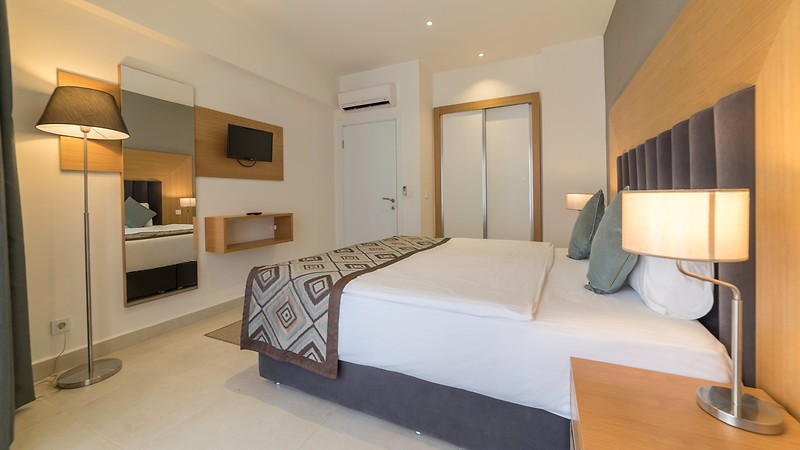 Ramada-Hotel---Suites-Kusadasi-Oda-265472