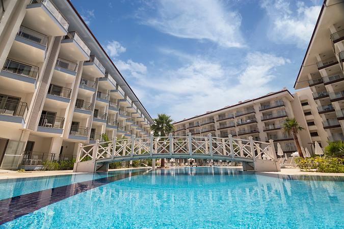 Ramada-Hotel---Suites-Kusadasi-by-Wyndham-Oda-297611