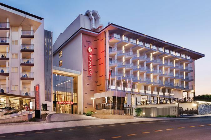 Ramada-Hotel---Suites-Kusadasi-by-Wyndham-Oda-297614
